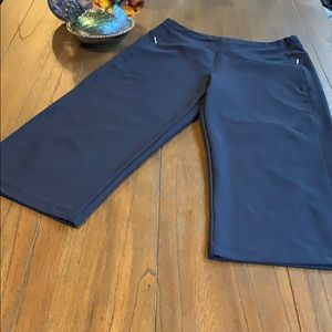 Lucy Every Collection Wide Leg Capri Pants